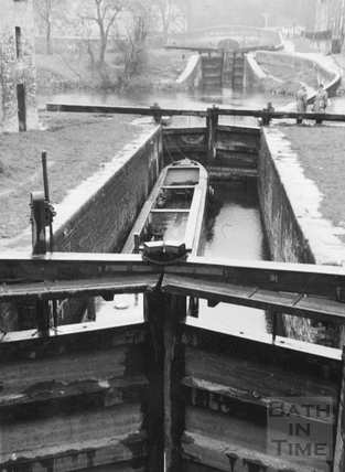 General view looking upstream over Lower Lock, Widcombe, Bath 1956