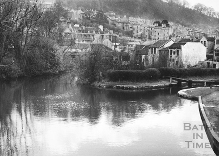 General view looking south west of upstream side of Bridge Lock, Widcombe, Bath 1956