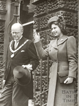 Mayor Edgar Clements and Princess Elizabeth outside the Guildhall, Bath 1945