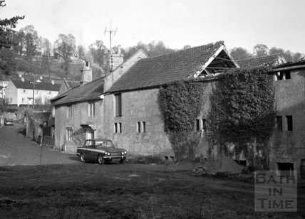 Entrance with malthouse on right, Monkton Combe Brewery, Monkton Combe 1966