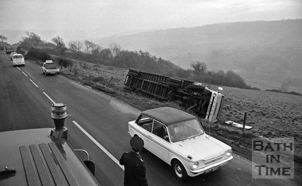 A lorry accident on the Gloucester Road, Bath, 20 February 1972