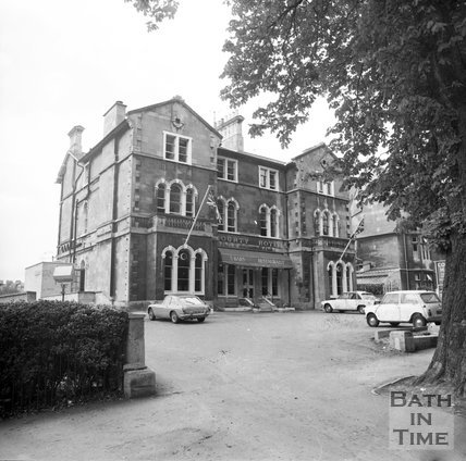 The County Hotel, bar and restaurant, Pulteney Road, July 1973