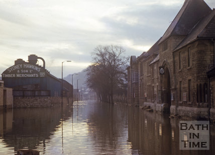 Floods, looking east along Lower Bristol Road, Bath with the Territorial Army base on the right 1963