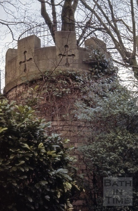 Hedgemead Park battlements near Guinea Lane, Bath 1966