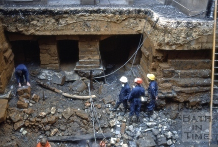 Excavations to Roman reservoir, King's Bath, Bath 1980