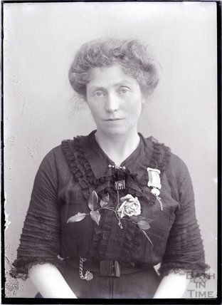 Suffragette Winifred Jones c.1910