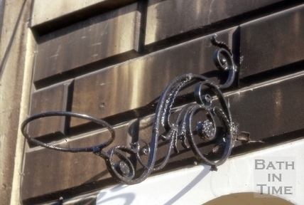 Lampholder detail, 5, Marlborough Buildings, Bath 1966