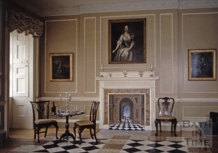 No.1 Royal Crescent: interior: dining room as first arranged and furnished 1972