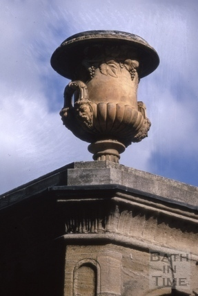 Stall Street vase above mineral water fountain 1970