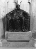 Guildhall;Statue of Winston Churchill