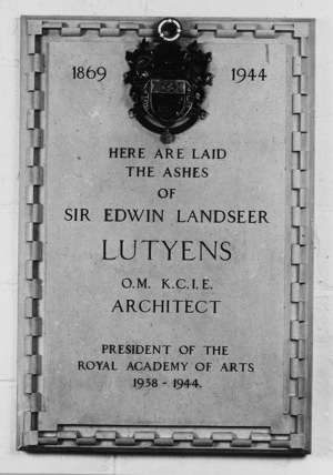 St Paul's Cathedral;The Crypt;Plaque to Sir Edwin Lutyens