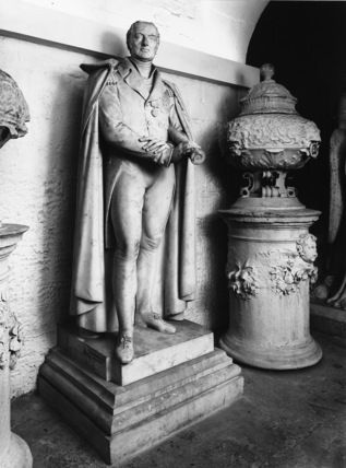 St Paul's Cathedral;The Crypt;Monument to Sir Pulteney Malcolm