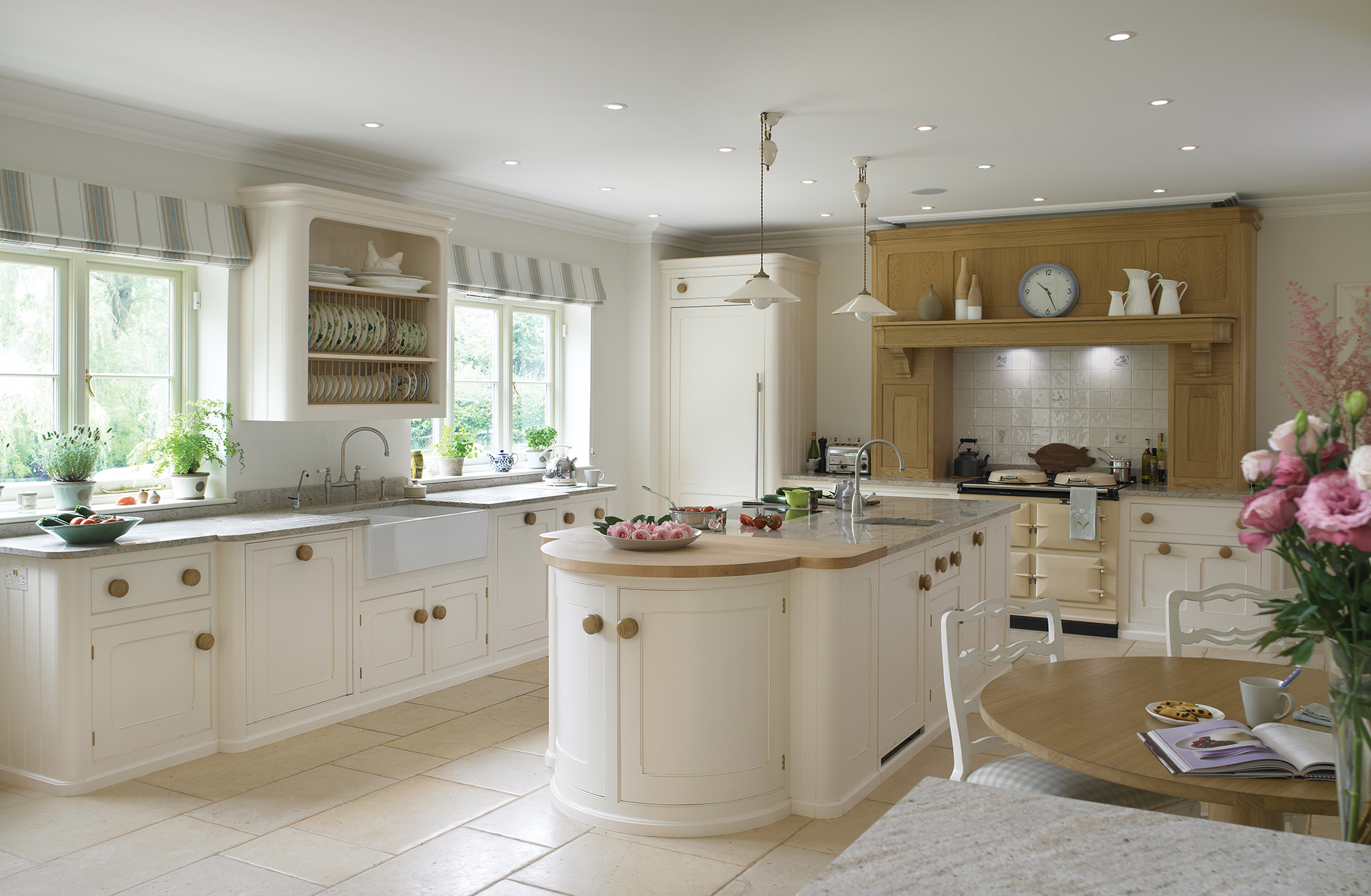 Luxury bespoke kitchens the cook 39 s kitchen mark wilkinson - Images of kitchens ...