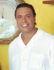 Dr. Ricardo Vicario Hernández - Clínica Vicario
