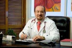 Dr. Khanji Farra. Director Médico en Clínica San Francisco - Clínica San Francisco