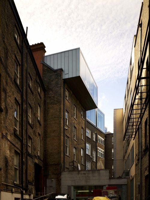 Losing the Plot: McCullough Mulvin's extension of the Dublin Dental Hospital