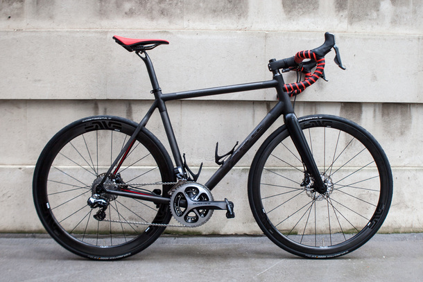 Parlee Z Zero with red highlights