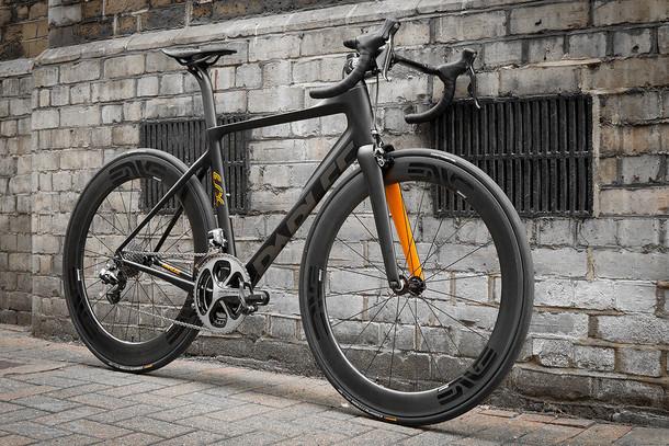 Parlee ESX black and orange