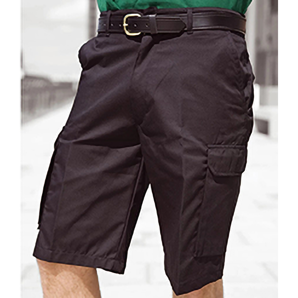Shop a huge selection of men's shorts at Dickies. From durable work shorts to stylish men's cargo shorts, you're sure to find the shorts to fit your need.