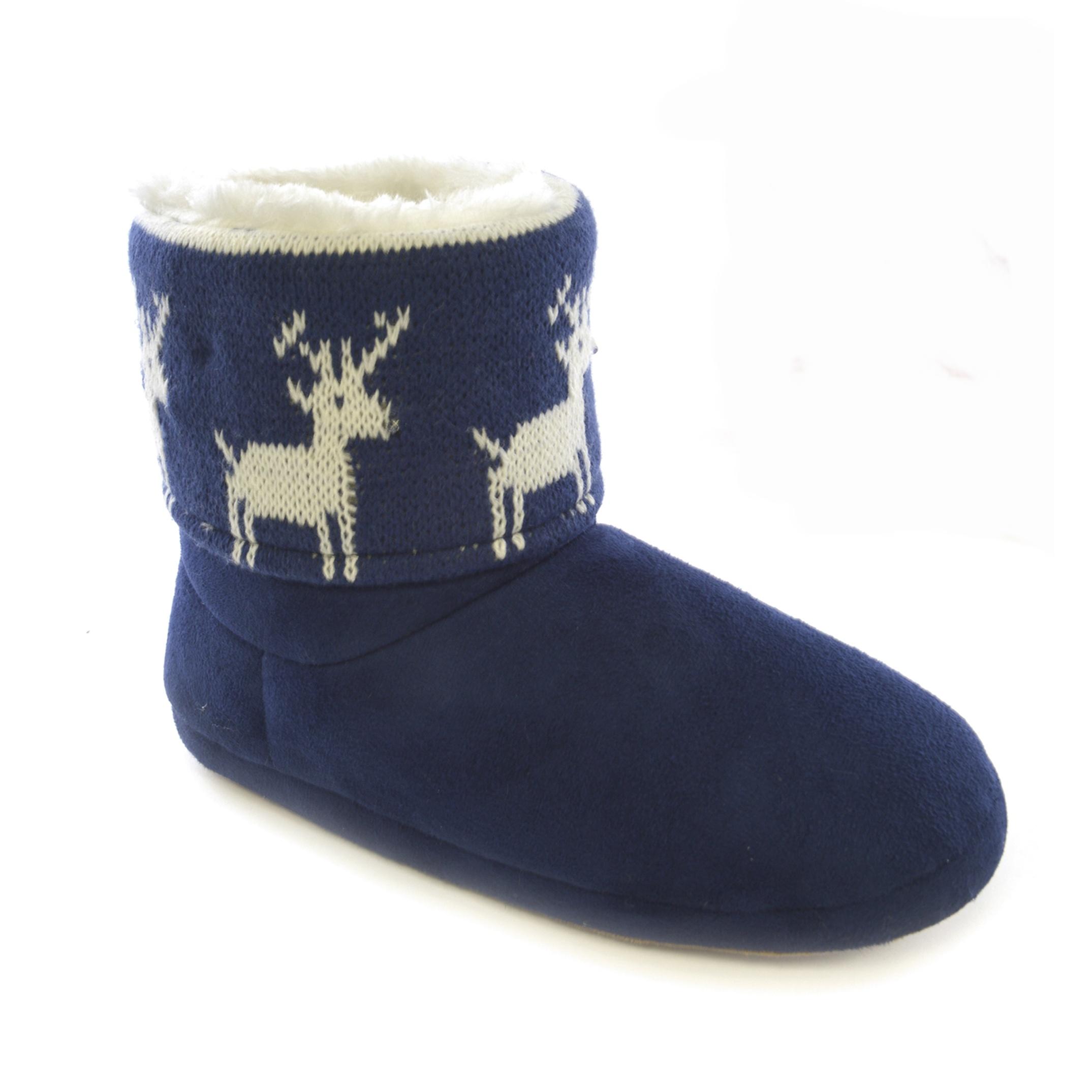Babbucce a stivaletto invernali da casa immagini natalizie for Pantofole natalizie