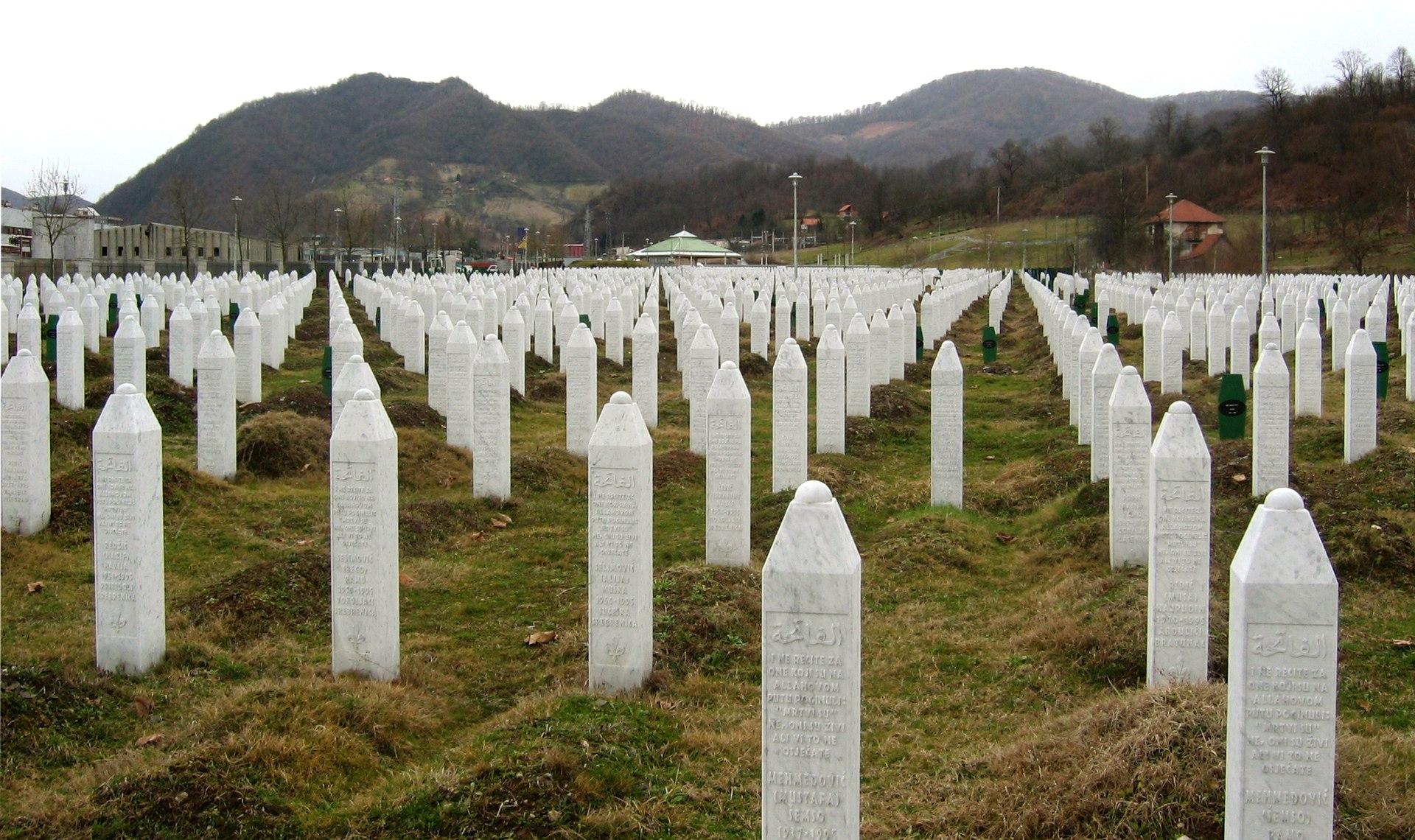 1920px-srebrenica_massacre_memorial_gravestones_2009_1
