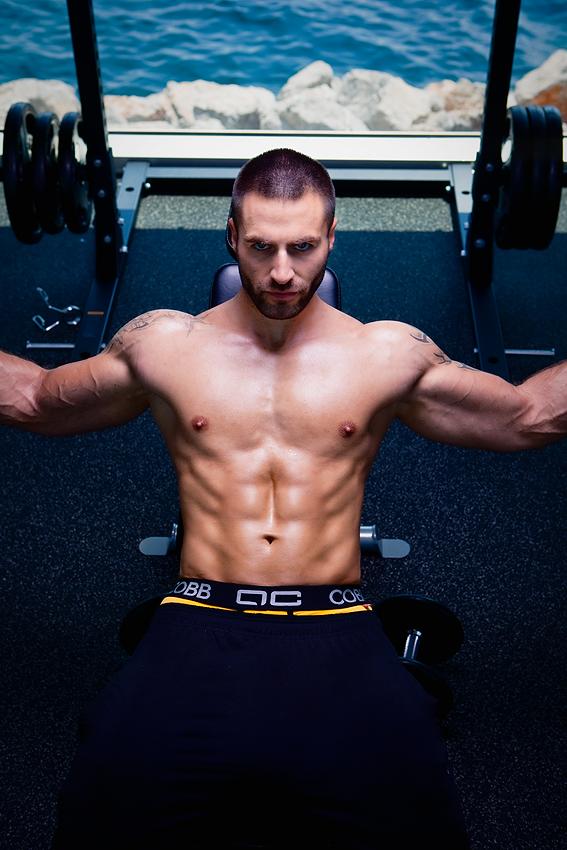 Model Daniel at the gym - Alexander COBB underwear