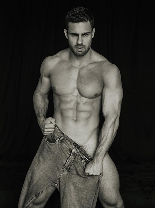 konstantin-kamynin-nothing-jeans-serge-lee-photos