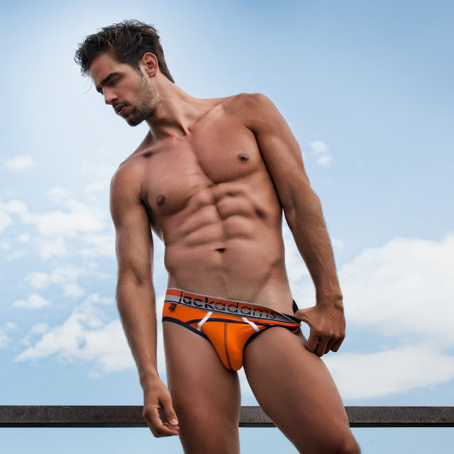 Jack Adams Cross Train brief
