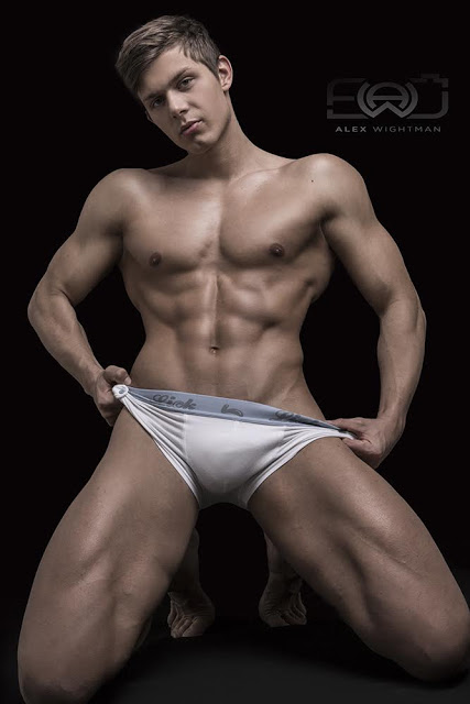Jakub Šmucr by Alex Wightman for Fitcasting