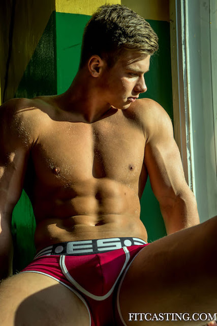 Ivan Gudkov by Guy Croisiaux for Fitcasting