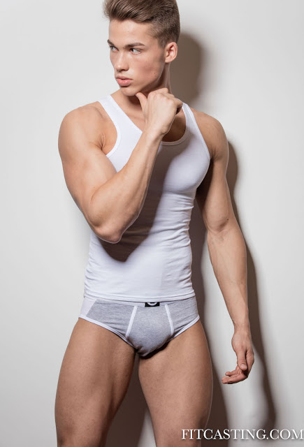 Justas Jes by Paul van der Linde for Fitcasting