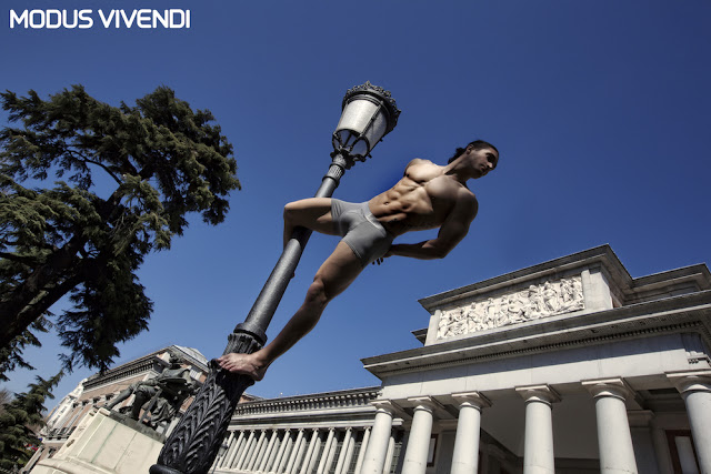 New Hole line and campaign by Modus Vivendi