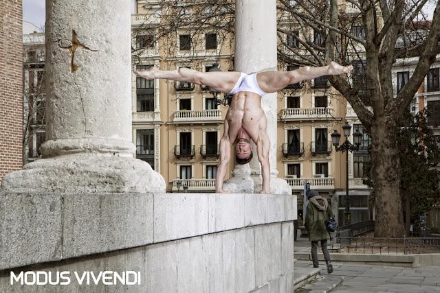 Modus Vivendi - Hole Line campaign
