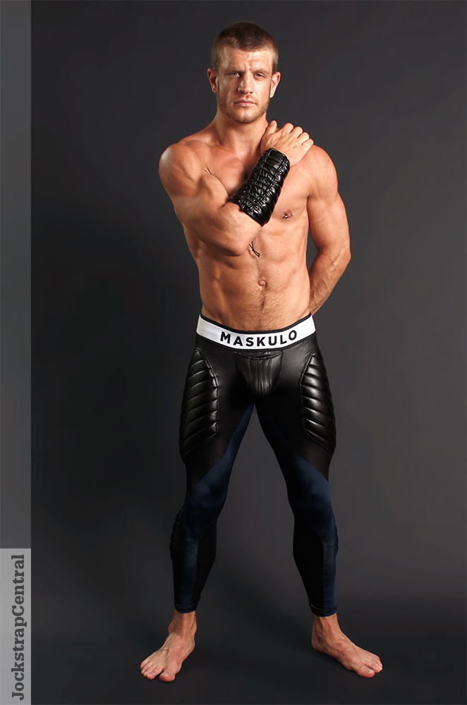 Caleb King - jockstrap-central-maskulo-leggings-4