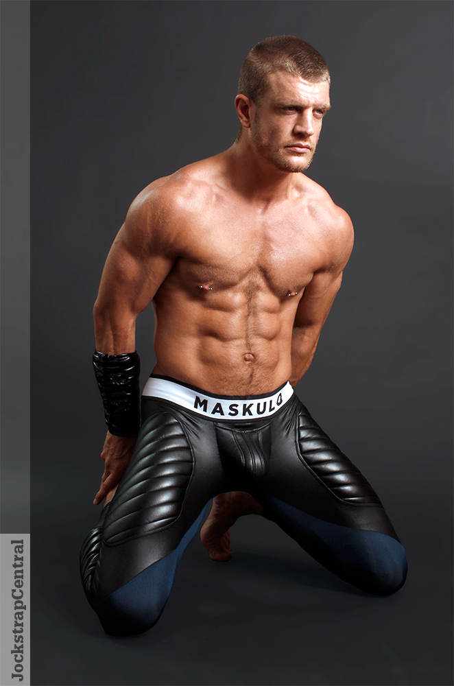 Caleb King - jockstrap-central-maskulo-leggings-12