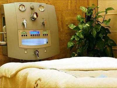Máquina para realizar la hidroterapia de colon