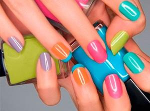 Esmalte uas de colores