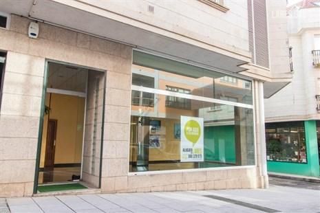 Local Comercial en alquiler  en Cangas Do Morrazo, Pontevedra . Ref: 2582. Lares Inmobiliaria