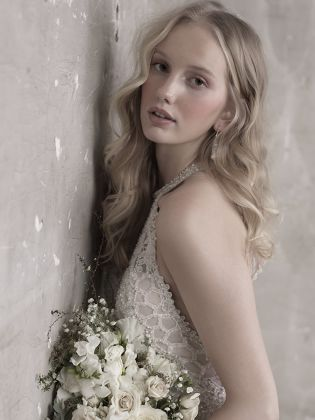 ALLURE BRIDAL MJ460