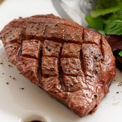 2 x 141g Lite Beef™ Fillet Steaks