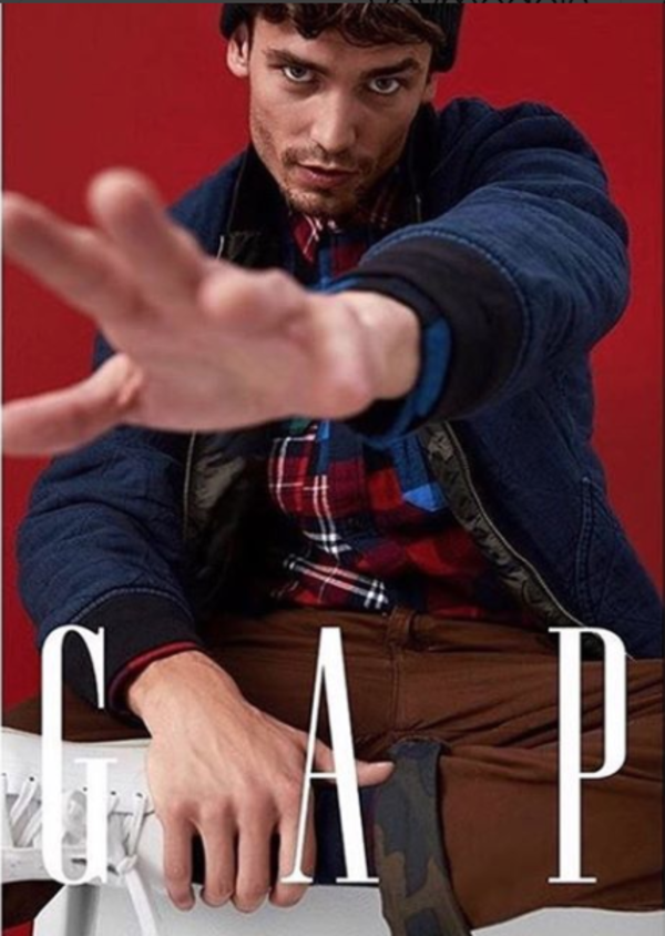 Gap%20fall%20winter%2017%20_1