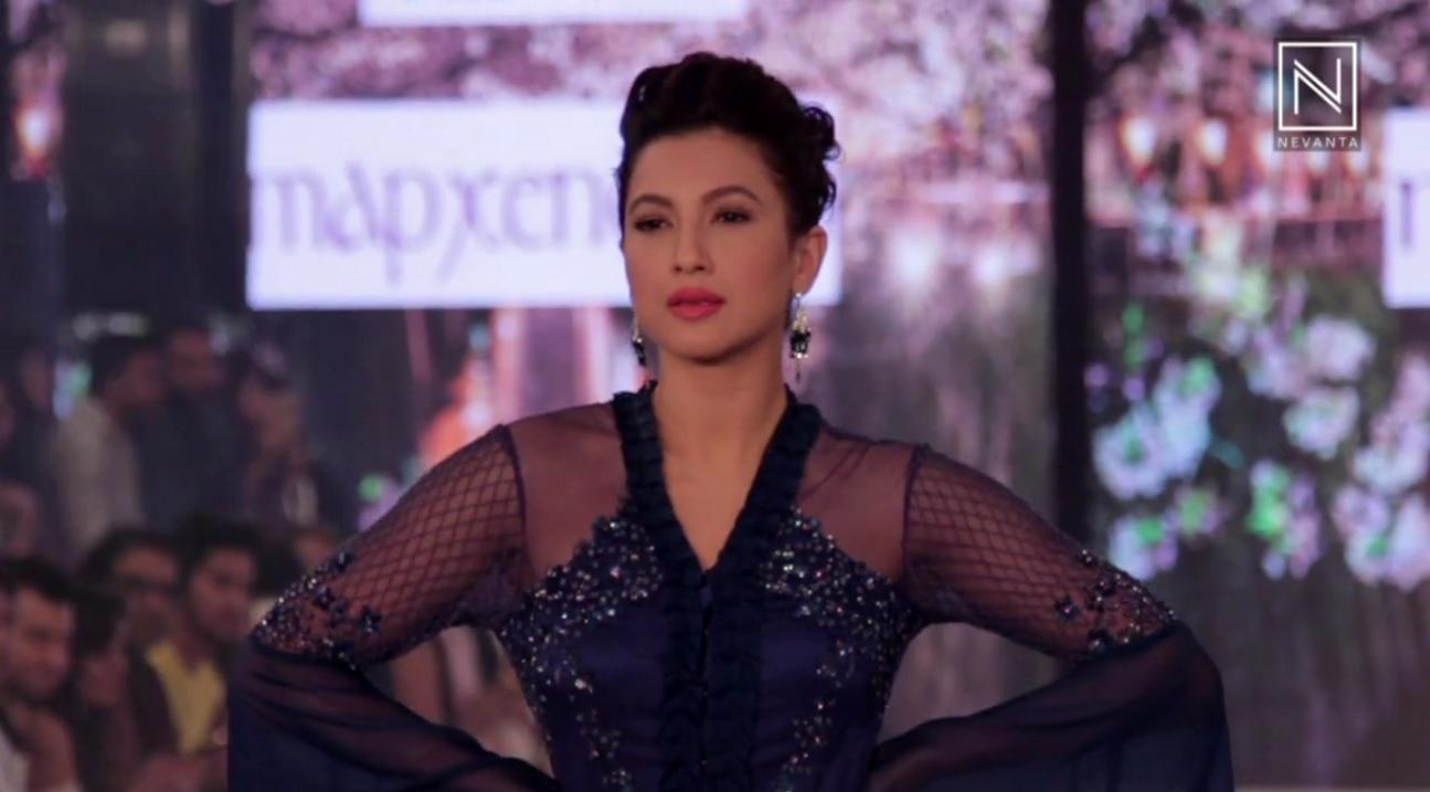 Alexandra Adi XXX clips Bruce Dinsmore,Elisabetta Pozzi
