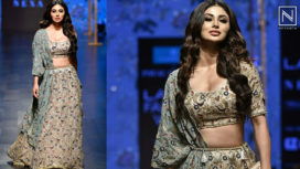 Mouni Roy Turns Perfect Muse to Payal Singhal at Lakme Fashion Week SR 2019