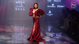 Malaika Arora Turns Gorgeous Muse to Diya Rajvvir at LFW Winter Festive 2019