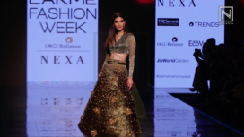 Diana Penty Walks the Ramp for Shivan & Narresh at LFW SR 20