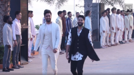 Vicky Kaushal Turns Perfect Showstopper for Kunal Rawal at Lakme Fashion Week SR 20