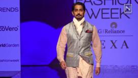 Siddharth Walks the Ramp for House of Three X Tantajo at LFW SR 2020
