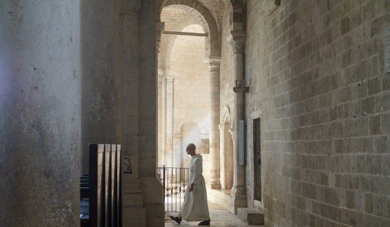 abbey-976639_1920