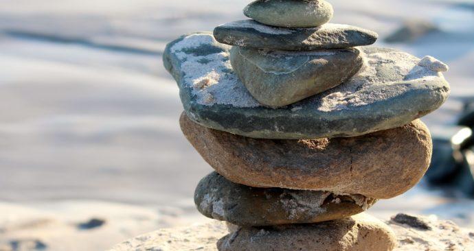 stones-825374_1920