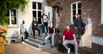 Groepsfoto_Moslims_Zoals_Wij_©Lilian_van_Rooij